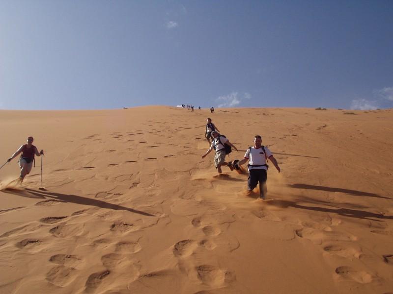 http://www.mogador-travel.com/wp-content/uploads/2018/11/trek-desertt.jpg